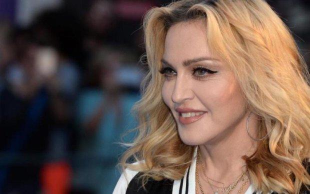 Раритетні фото голої Мадонни виставлять на аукціон