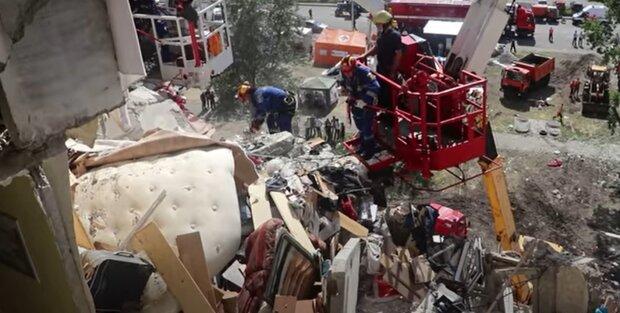 У Києві жертв вибуху на Позняках поселили в інтернат - люди втратили все за секунди
