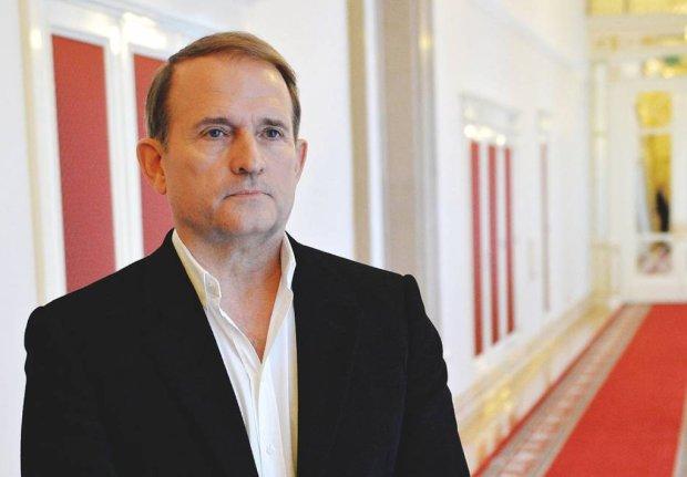 Reuters: Медведчук готов дать совет Зеленскому, если в этом будет необходимость, как установить мир на Донбассе
