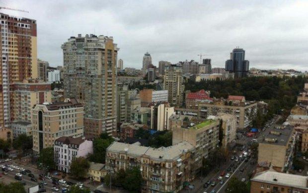 Дешеве житло в Україні: чому падає ціна