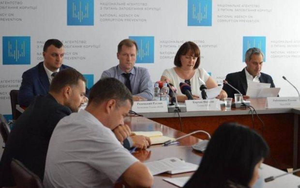 Скандал в НАПК: Украина на пороге громкого разоблачения