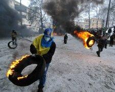 Євромайдан, протестні акції - фото Андрія Єловікова