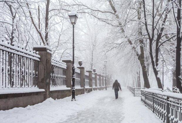 Сніг, фото: Unian