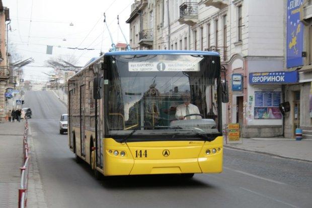 Днепровские троллейбусы пустят по-новому: осторожно, не потеряйтесь