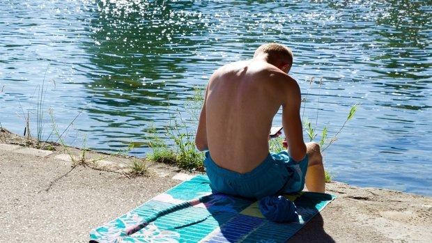Під Одесою море поглинуло чоловіка з дитиною: шукають другу добу, надії обмаль