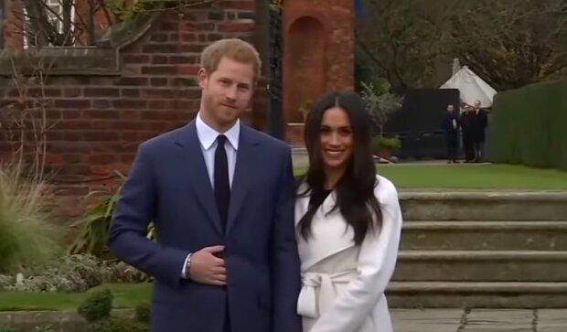 """Меган Маркл произнесла трогательную речь, прежде чем их с принцом Гарри выгнали из Британии: """"Так не должно быть"""""""