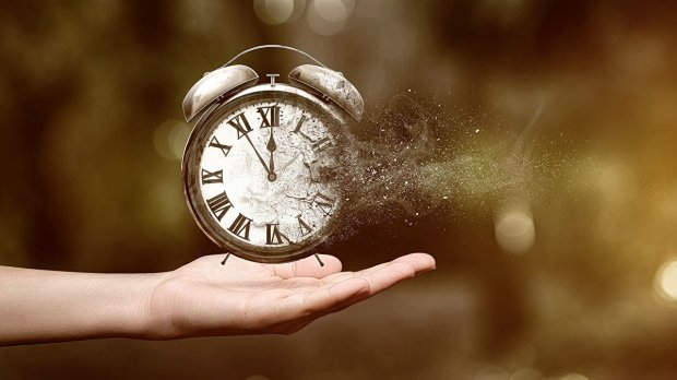Україна переходить на літній час: коли переводити годинник і як це правильно зробити