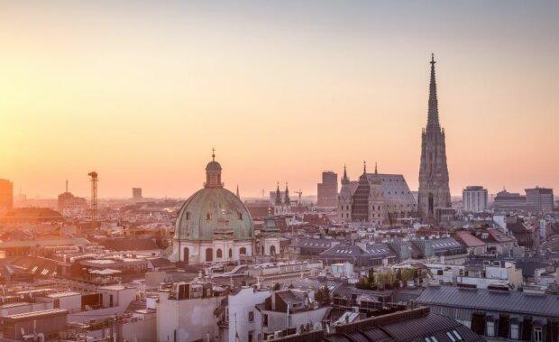 Десятки юних харків'ян зможуть відпочити в Австрії: за сприяння Харківської міської ради