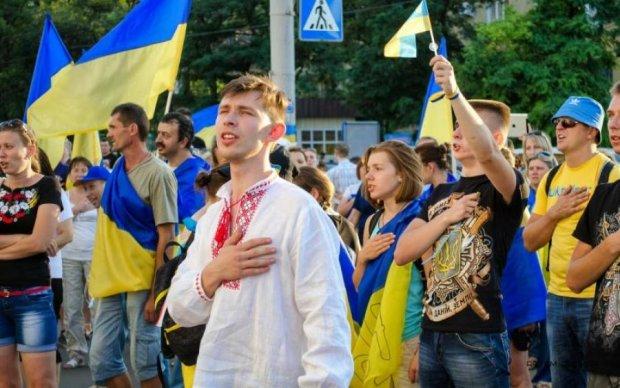 Экс-регионал хочет оставить след в гимне Украины