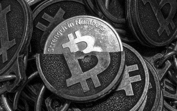 Курс біткоїна на 30 березня: криптовалюта стрімко втрачає позиції