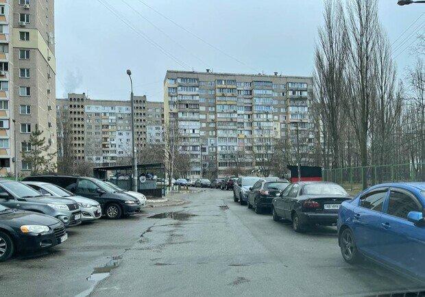 Локдаун у Києві: таксисти луплять з українців останнє