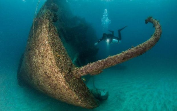 Знахідка століття: дайверів озолотив затонулий військовий корабель
