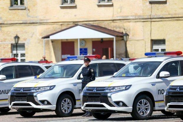 Украинские копы получили 635 новеньких Mitsubishi: фото