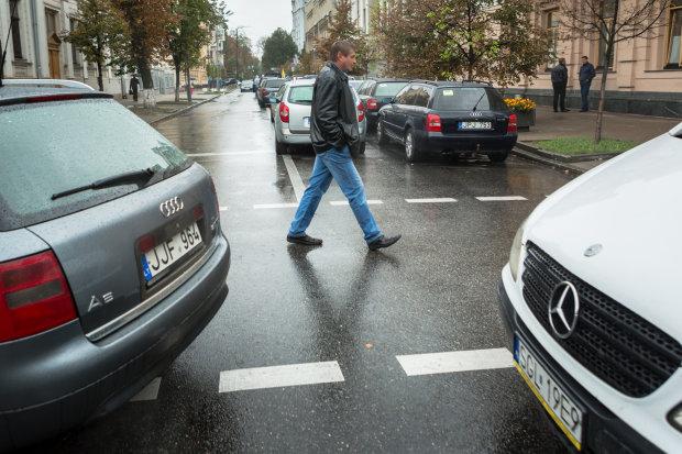 """Владельцы """"евроблях"""" массово теряют работу: ни одного шанса"""
