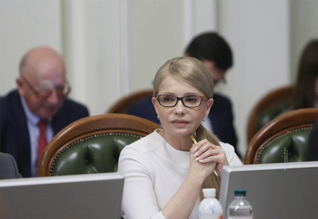 Вакаров: Тимошенко не оппозиционер, она – политический близнец Порошенко