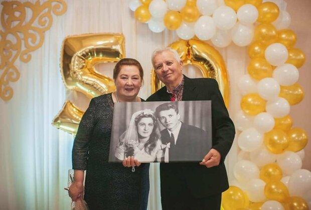 На Тернопольщине влюбленные второй раз обручились: 50 лет безумной любви