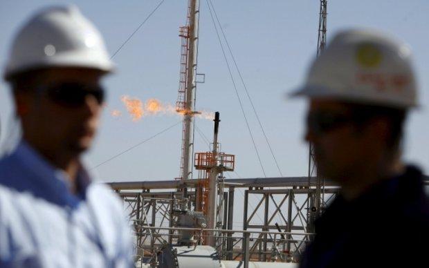 Суд отобрал нефтяное месторождение у пособников Януковича