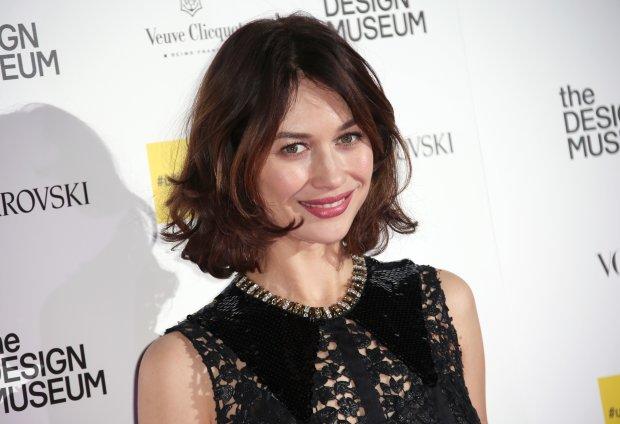 Ольга Куриленко показала ідеальну фігуру в пікантному вбранні: грайлива і спокуслива