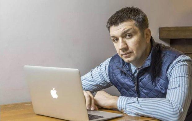 """Ведучий 1+1 відмовився йти до Ради від партії Зеленського: """"Ватний шар довкола"""""""