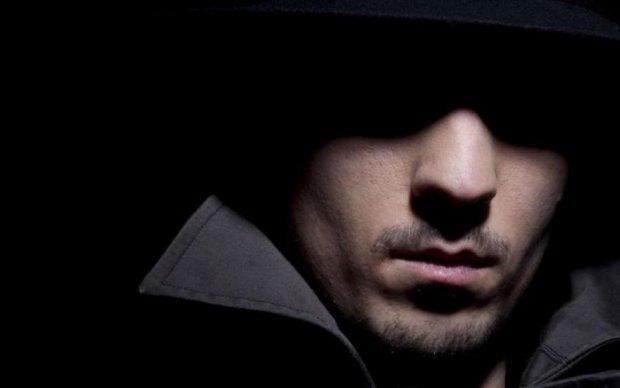 Алхимик, покровитель дождя и умнейший силач: самые загадочные мужчины прошлого