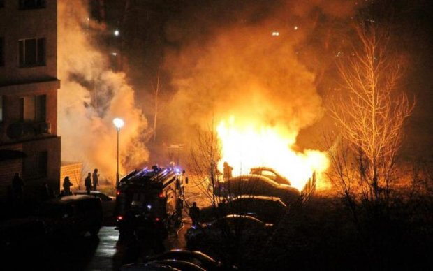 Справа Зайцевої: з'явилося відео підпалу прокурорського Lexus