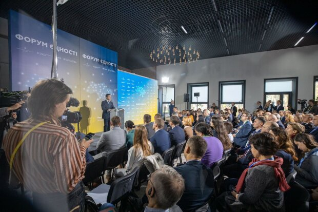 Зеленський розповів, як закінчить війну на Донбасі та принесе мир в Україну: є два способи