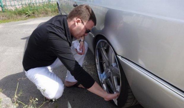 Самые популярные схемы краж вещей из автомобиля