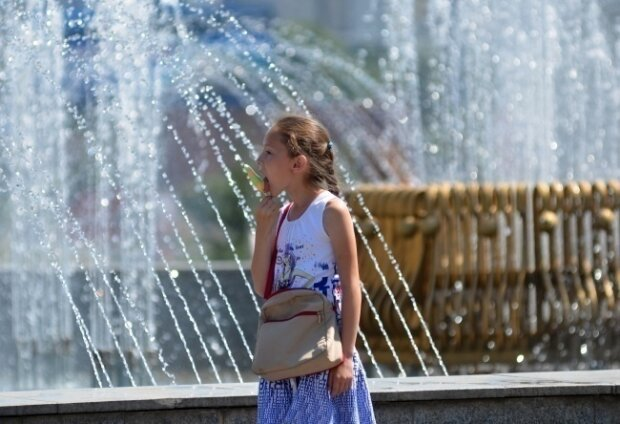Запоріжці, запасайтеся морозивом: синоптики попередили про рекордну спеку 30 серпня