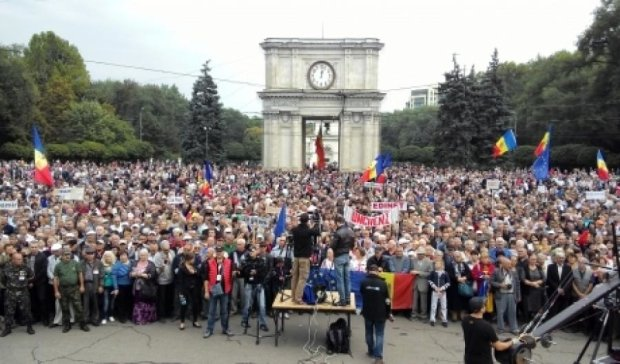 У Молдові продовжуються масові протести з новими вимогами