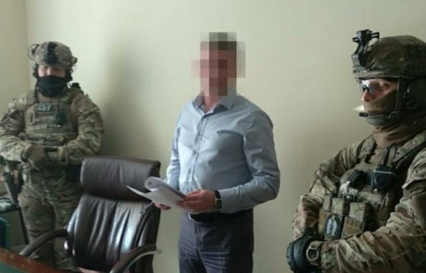 """Контррозвідка СБУ затримала ексзамміністра у """"Борисполі"""": деталі спецоперації"""