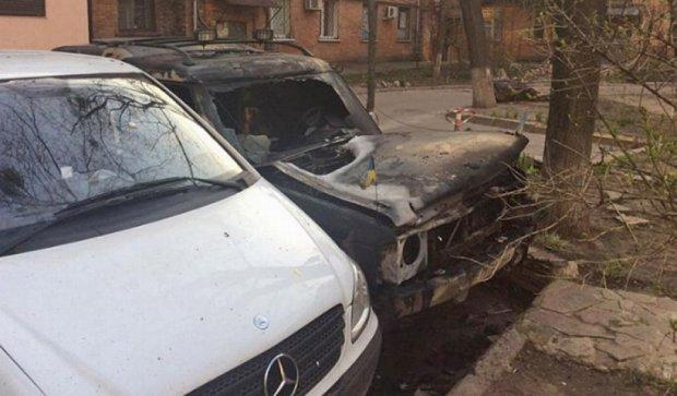 В Харькове сожгли авто актвистов Евромайдана