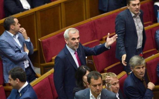 Рожнов: реализация второго этапа конституционной реформы изменила бы Украину