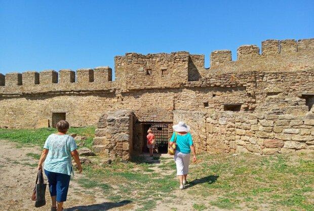 Аккерманську фортецю під Одесою випробують на міцність: що чекає на улюблене місце відпочинку українців