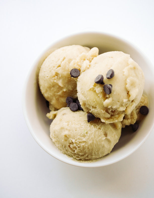 Райська насолода в домашніх умовах: рецепт кокосового морозива