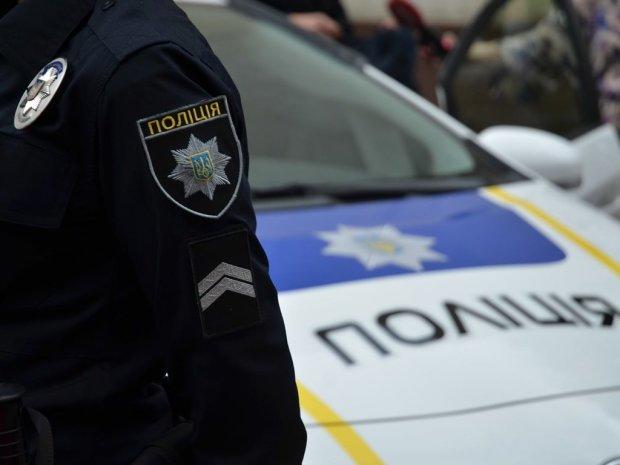 У Києві знайшли закривавлений труп: перші подробиці, фото 18+