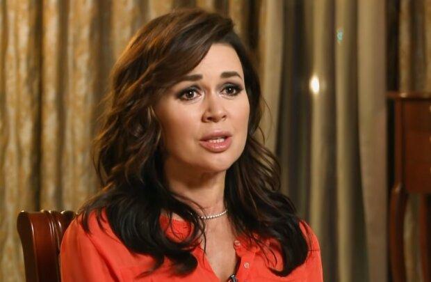 Анастасия Заворотнюк, скрин из видео