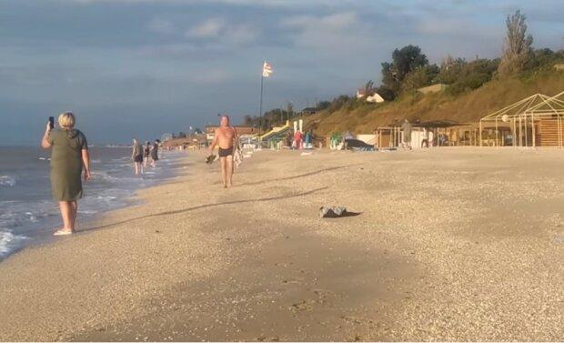 Шторм в Кирилловке, скриншот видео