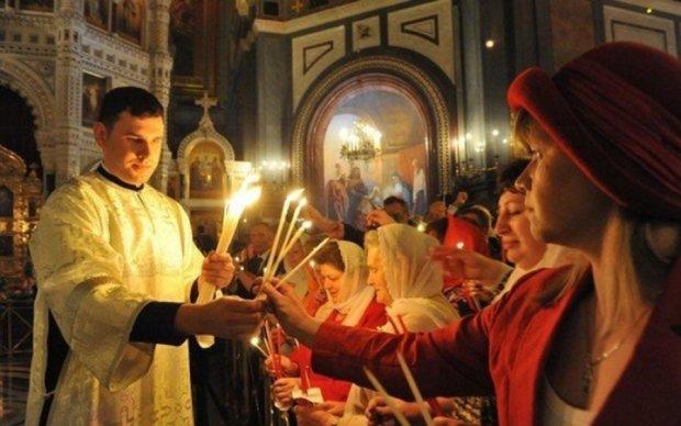 Московські попи з матом атакували церкву на Рівненщині