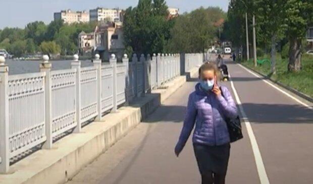 У Тернополі зі ставка виловили сотні трупів - страшне видовище, що відбувається