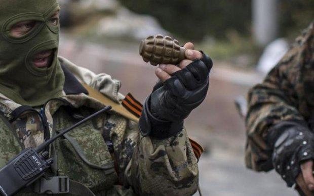 Теряют человеческий облик: на Донбассе боевики устроили воскресное месиво