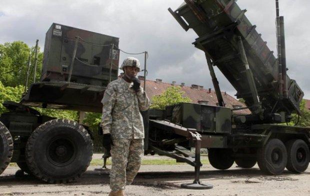 НАТО не надаватиме Туреччині допомогу в боротьбі з ІДІЛ