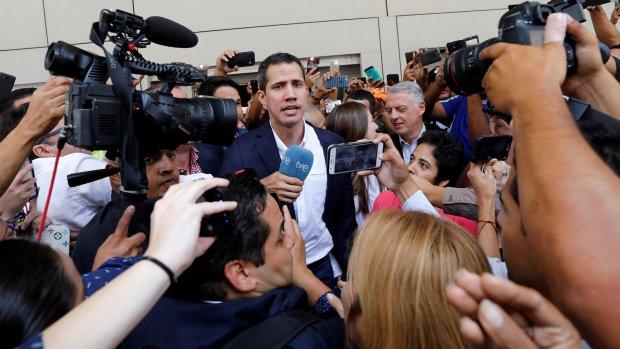 Президент призвал народ штурмовать столицу: в стране назревают масштабные протесты