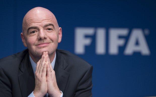 ФІФА підозрює свого президента у впливі на вибори в Африці