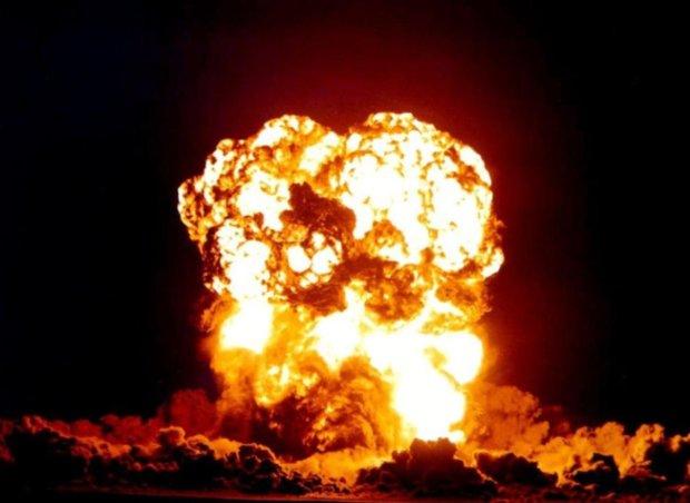 Головне за день вівторка 13 серпня: ядерний вибух, величезні нові штрафи і петля на шиї Порошенка