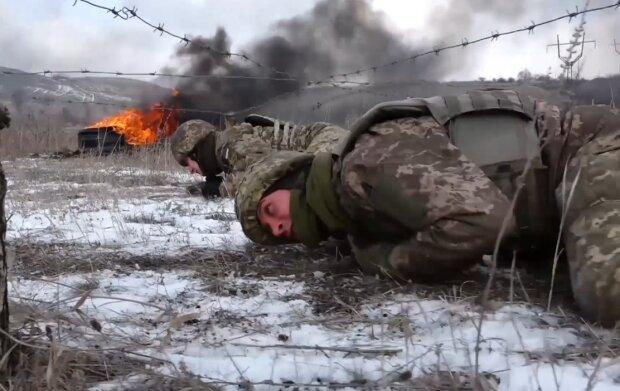Воины, прошедшие сквозь огонь под Дебальцево, научили новобранцев спасать раненых