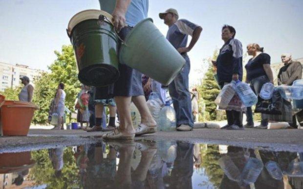 Гуманитарная катастрофа: почему на Донбассе нет воды