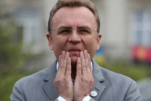 Садовий зробить п'ятницю вихідним днем у Львові