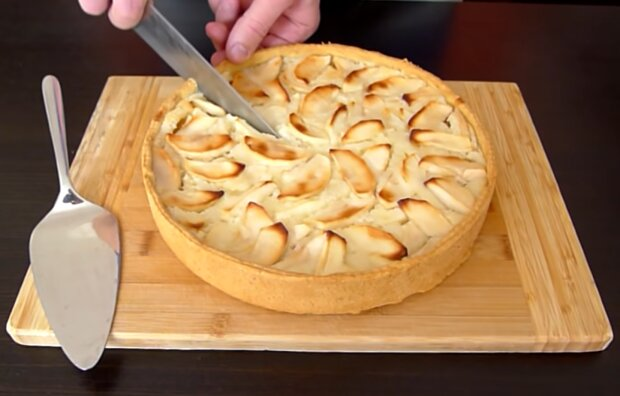Яблучний тарт, скріншот: YouTube