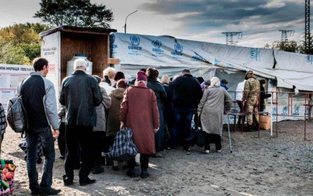Головне за ніч: кримське пекло, новий референдум та алкогольна пастка