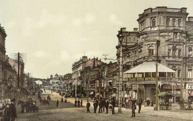 Насколько хорошо вы знаете старые здания Киева?